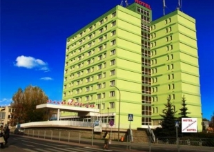 hotel accademia ostrowiec
